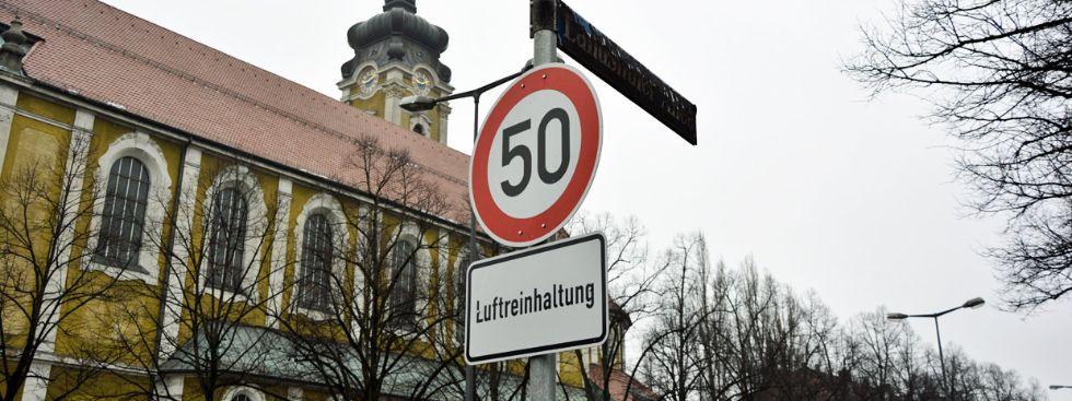 Tempobegrenzung an der Landshuter Allee, Foto: muenchen.de/Michael Hofmann