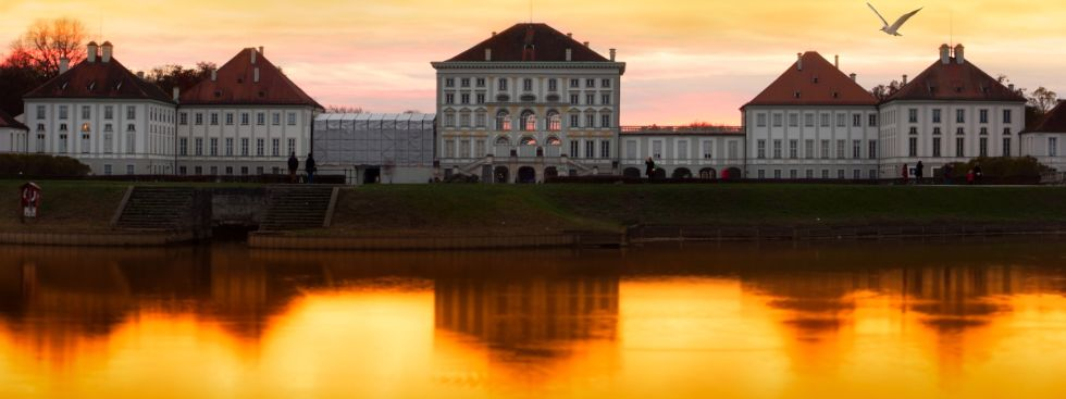 Sonnenuntergang Schloss Nymphenburg, Foto: LightingKreative / Fotolia.com