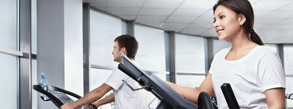 Training im Fitnessstudio, Foto: Shutterstock.com