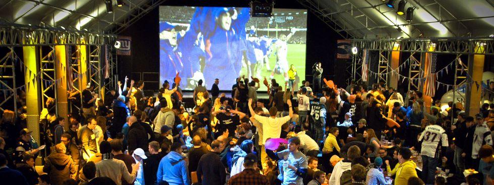 Hard Rock Cafe Super Bowl Party