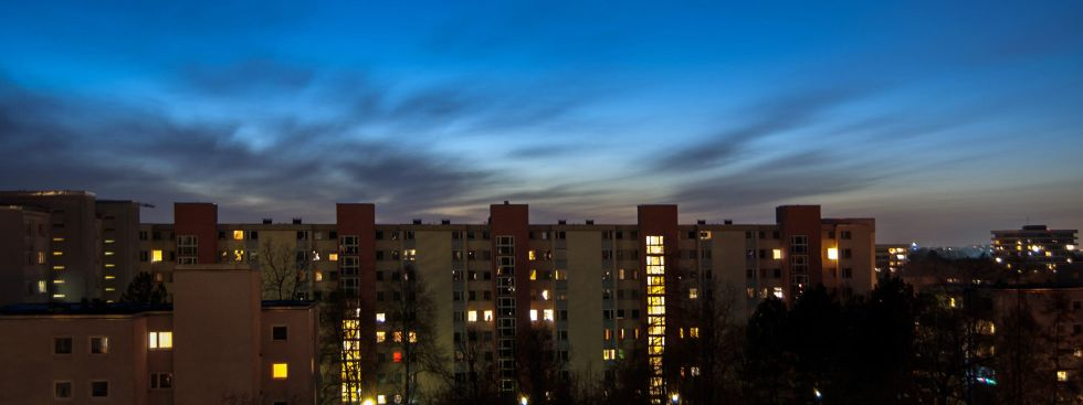 Wohnhäuser in Neuperlach bei Nacht