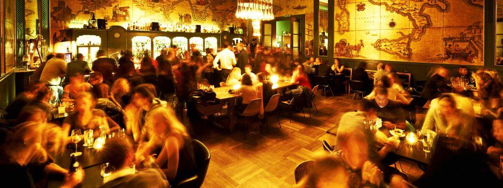 Goldene Bar im Haus der Kunst, Foto: Aleschka Birkenholz