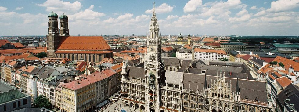 new town hall neues rathaus munich. Black Bedroom Furniture Sets. Home Design Ideas