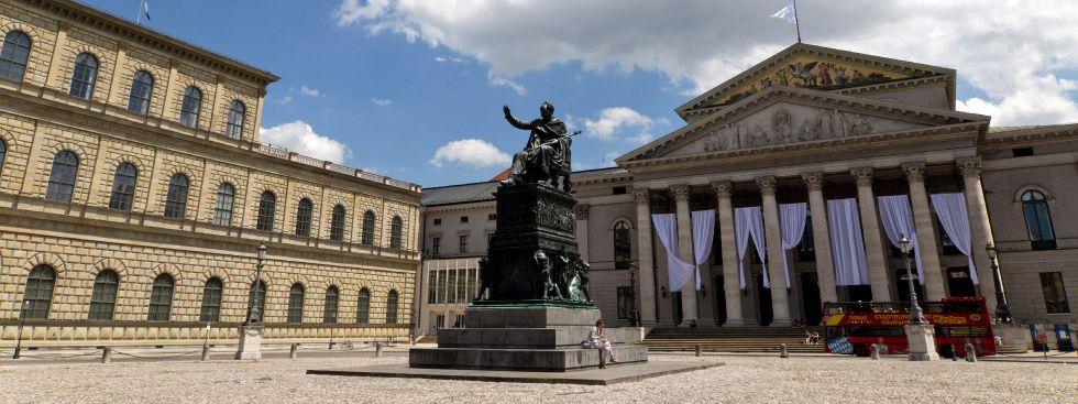 St Platz München maximilianstreet munich