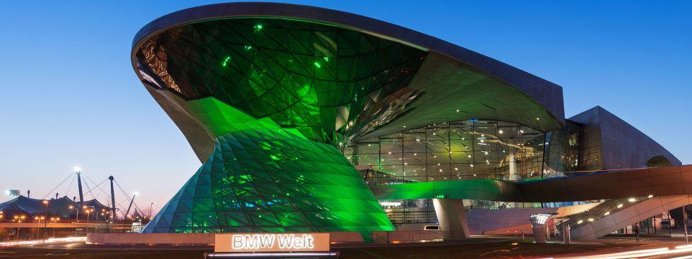 Die BMW-Welt beim Greening am St. Patrick's-Day