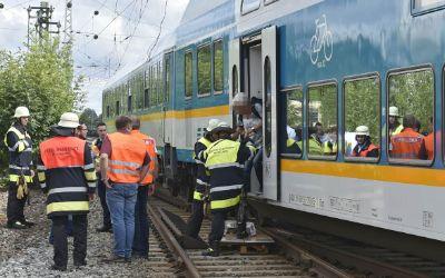 Evakuierung eines Zuges in Feldmoching