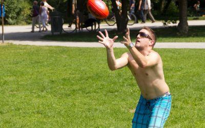 Football im Englischen Garten