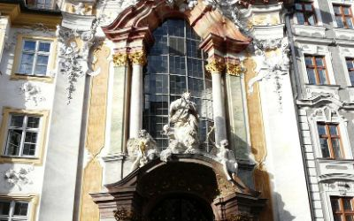 Asamkirche von außen