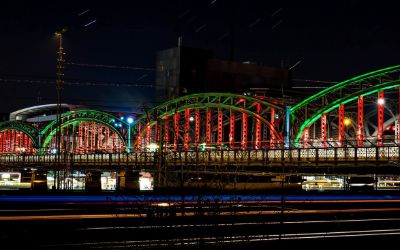 Lichtwoche 2016: Hackerbrücke Lichtportale