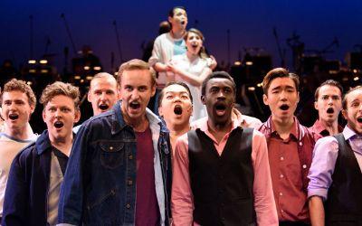 """Das Ensemble der Theaterakademie August Everding zu """"Happy Birthday, Lenny"""""""