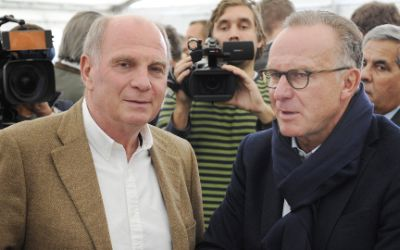 Uli Hoeneß, ehemaliger Präsident des FC Bayern München, neben Karl-Heinz Rummenigge