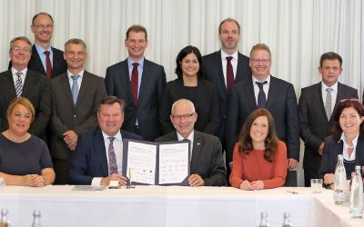 Josef Schmid mit Vertretern von Münchner Unternehmen.
