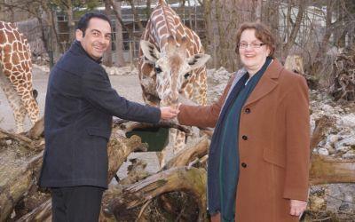 Zoodirektor Rasem Baban mit Bürgermeisterin Christine Strobl