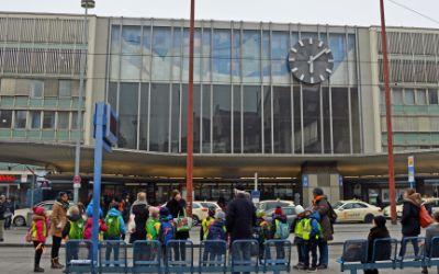 Uhr am Münchner Hauptbahnhof
