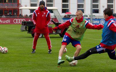 FC Bayern Fussballtraining am 06.11.2014