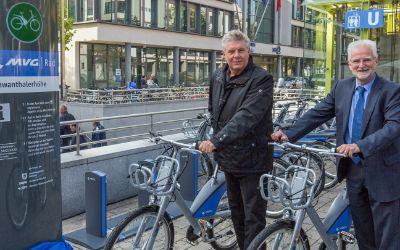 Oberbürgermeister Dieter Reiter und MVG-Chef Herbert König geben Startschuss für MVG Rad