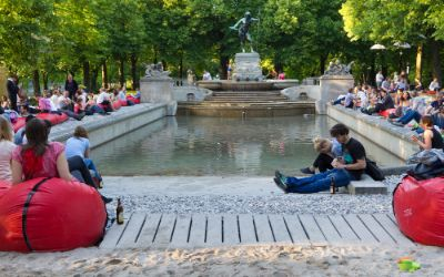 Kulturstrand 2015 am Vater-Rhein-Brunnen