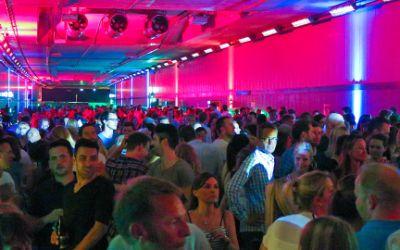 Party im neuen Heckenstallertunnel