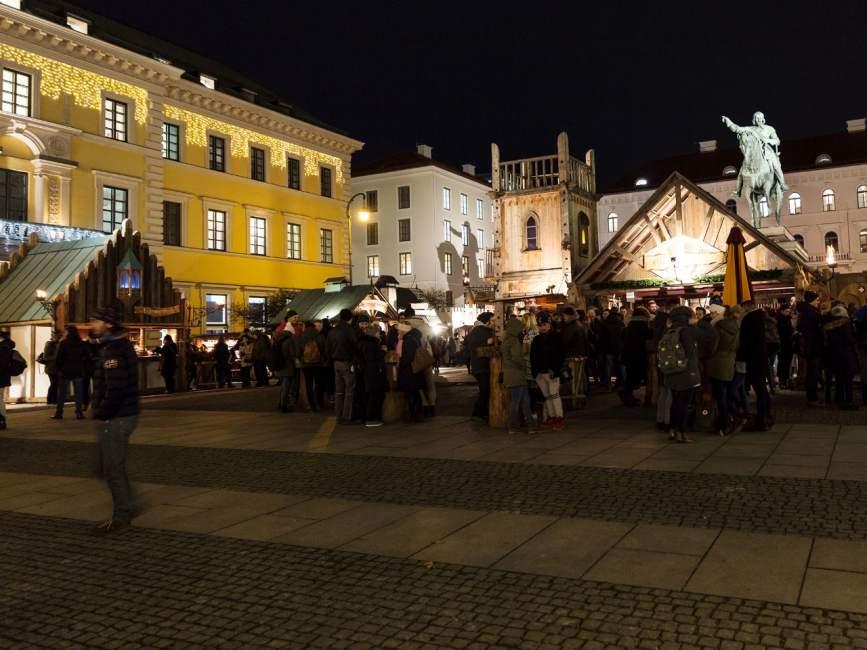Mittelaltermarkt Wittelsbacherplatz http://www.muenchen.de