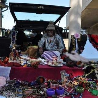 Impressionen vom Flohmarkttreiben in Daglfing