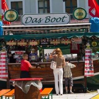 Direkt bestellt bei original Hamburger Damen im original Hamburger Ambiente.
