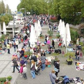 Kinderflohmarkt an der Münchner Freiheit