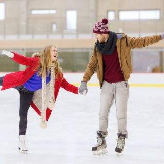 Auf die Kufen, fertig los! Eislaufen in München