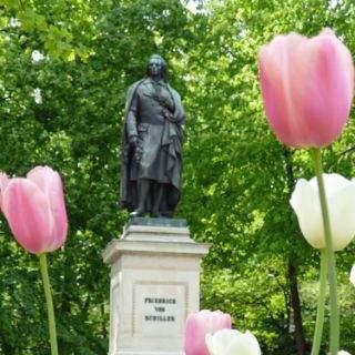 Friedrich-von-Schiller-Denkmal