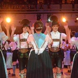 Oide Wiesn Bürgerball im Deutschen Theater