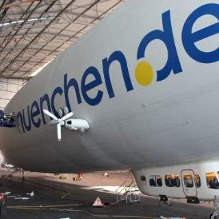 Der Zeppelin wird herausgeputzt