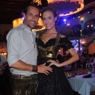 Rennfahrer Sven Hannawald mit Freundin Alena Gerber