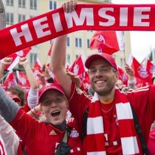 FC Bayern Meisterfeier auf dem Marienplatz 2015