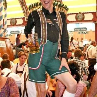 Feiern in den Bierzelten