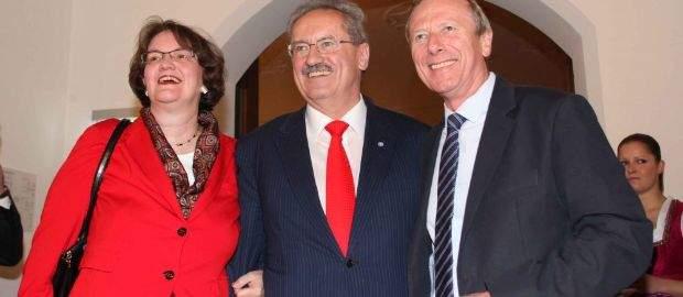 Zum 65. Geburtstag von Christian Ude gab es einen großen Empfang im Festsaal des Alten Rathauses. Viele Kommunalpolitiker und natürlich die Ehrenbürger von München gratulierten dem strahlenden Oberbürgermeister zu seinem Ehrentag.
