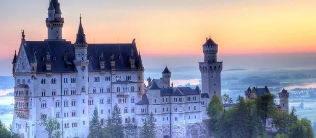 Schloss Neuschwanstein beim Sonnenuntergang