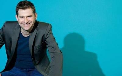 Michael Altinger erhält den Hauptpreis beim Bayerischen Kabarettpreis 2017