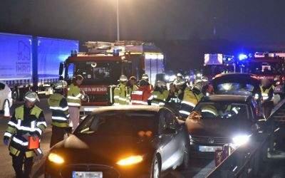 Feuerwehreinsatz auf der A9 bei Garching