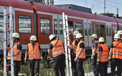 Feuerwehr bei einer S-Bahnstörung