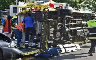 Das Rettungsfahrzeug aus der Steiermark war auf einer Rück aus Slowenien unterwegs zum Krankenhaus Großhadern.