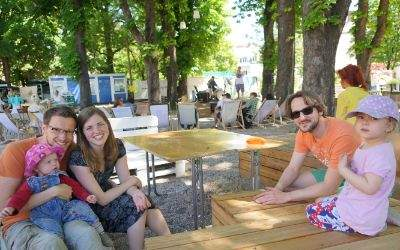 Familie bei Grünspitz