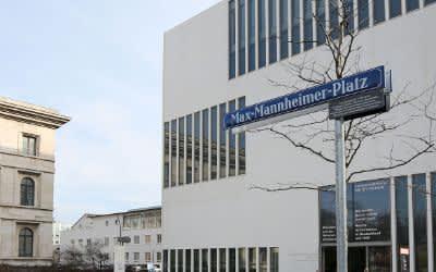 Eröffnung des Max-Mannheimer-Platzes