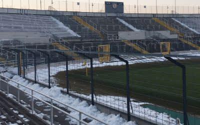 Schnee und Eis im Grünwalder Stadion.