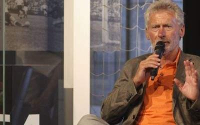 Paul Breitner bei der Eröffnung der Wunder-von-Bern-Ausstellung.