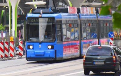 Tram 23 an der Münchner Freiheit