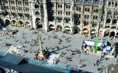 Luftaufnahme des Marienplatzes
