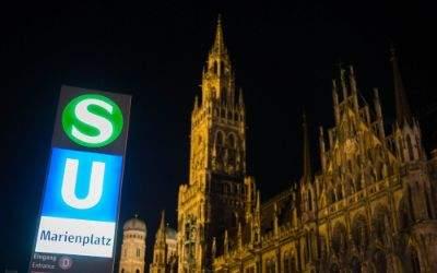 U-und-S-Bahn-Schild am Marienplatz