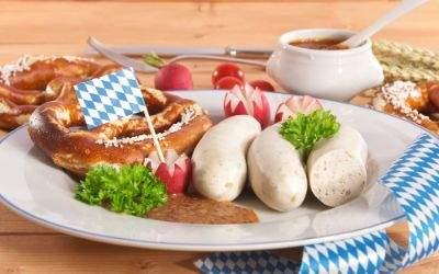 Weißwürste auf Teller