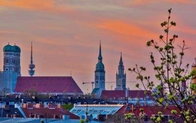 Frühlingsabend mit Panorama von der Hochstraße