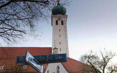 Wallfahrtskirche Maria Ramersdorf im ehemaligen Ortskern von Ramersdorf