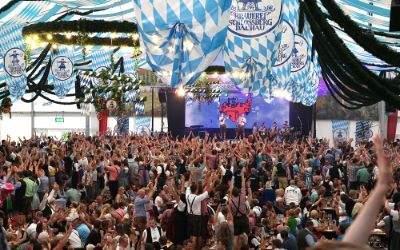 Impressionen vom Dachauer Volksfest.